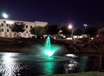 WaterSmith 1hp pond fountain with lily nozzle and 108w light kit in Texas