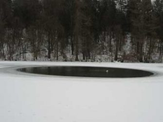 kasco-marine-robust-aire-winter-pond