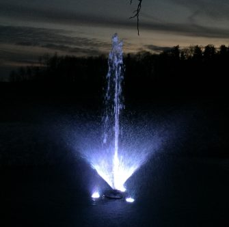 WaterSmith 1 hp pond fountain with a lily pattern and 108w light kit
